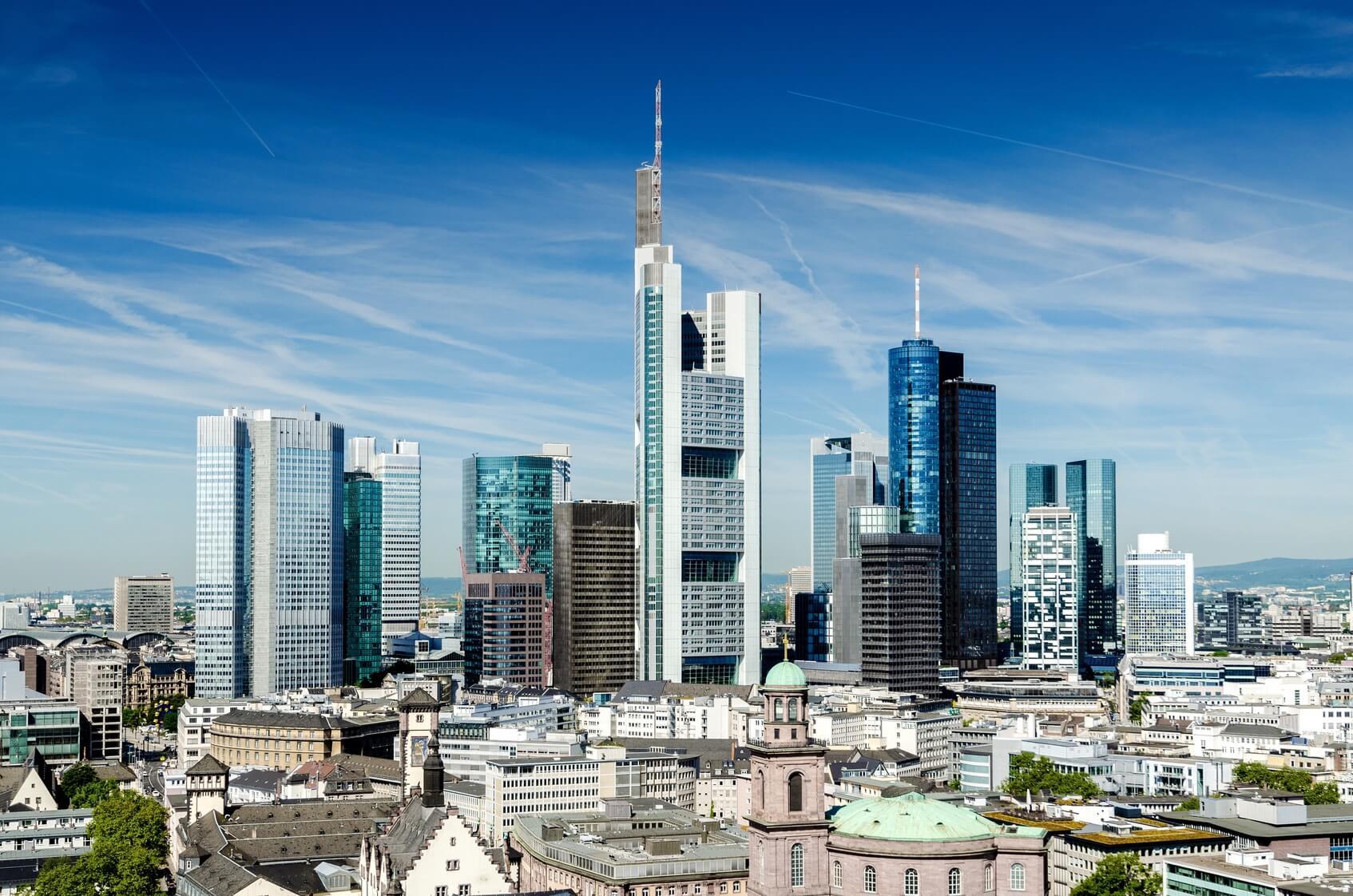 Frankfurt Skyline - VLH Lohnsteuerhilfe Frankfurt